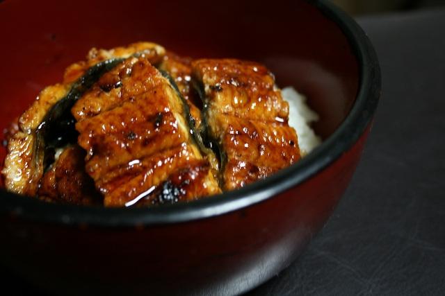 美味しいものほどコレステロールが多い~食物繊維でバランスを意識~